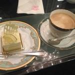 36266574 - 2015年3月:ケーキセット(\1080)…シトロンヴェールとカフェオレ