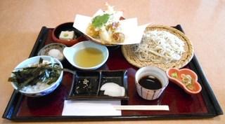 いづみや - ランチ 天麩羅盛蕎麦膳