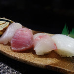 Nagomiyasu - 握り五種盛り