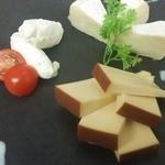 居酒屋ななこ - チーズの盛り合わせ