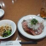 中国料理 杏花飯店 - 晩酌セット(水餃子・金目鯛のかつら蒸しをチョイス)+ウーロンハイ