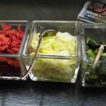 ダール - キャベツのピクルスはなかなか美味 胡瓜とキャベツのピクルスに福清漬け