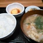 Tonkatsuginzabairin - 豚汁定食500円