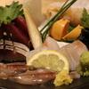 茶番 - 料理写真:一番人気天然魚刺身五点盛り合わせ1200円