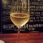 獺 kawauso - トレビアーノ・ダブルッツォ(グラス)。