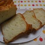 たもつのパン - バターブレッド断面