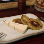 ロックフィッシュ - チーズと焼きキウィ