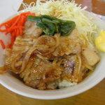 阿波家 - 豚しょうが焼丼・セット注文で250円