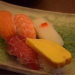 36302919 - お寿司も食べ放題