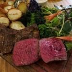 ラピヨッシュ - 鹿肉と馬ハラミの炭火焼