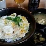36307950 - 玉子丼390円