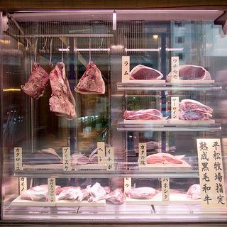 14種類から選べるお肉をプロが丁寧に調理!