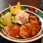 ハル スシトヨ - 料理写真:中トロカニ丼\1,280-