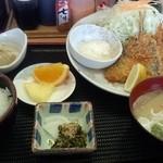 食彩酒楽・善 - ミックスフライ膳(980円)