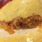 マーブル - 具材にはチーズ、玉ねぎ、豚肉が入っていて、やさしい味です。