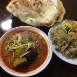 ディル レストラン - ニハリ、ナン(ビリヤニとサラダはサービス)