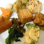 楠公レストハウス - 料理皿2