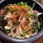 焼鳥 たすく - 牛すじネギポン酢:ボリューム・味ともに満足
