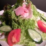 ハイライフ - ■カリカリベーコンの和風サラダ:シャキシャキレタスの食感とカリカリベーコンが相性抜群!!