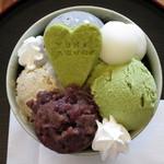 cafe ゆきかぐれ - 和ぱふぇ(真上から、2015年2月)