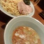 Marumenyaseisakujo - 東京なかむら屋つけ麺