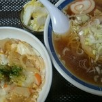 花園食堂 - たまご丼ラーメンセット(800円)