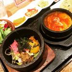 韓美膳 - ビビンバとスンドゥブのハーフ&ハーフセット!チヂミとサラダとキムチもついて大満足ですっ