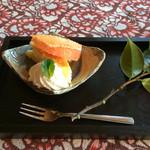 蛍のふくろ - デザート。この日はスフレチーズケーキ
