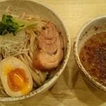36341052 - 阿波座店限定の極太麺400g!麺増量無料が嬉しい、つけ麺750円