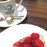 星乃珈琲店 - 苺のレアチーズケーキ、スイーツセット(800円)