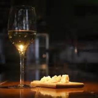 火曜日の夜ボトルワインが25%オフのワインナイト!!