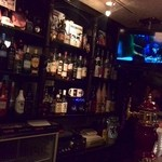 ラウンドアバウト - お酒もいろいろあるんですね。ビールサーバーがカッコいい。