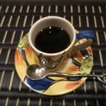 四間道右近 - コーヒーも本格的。