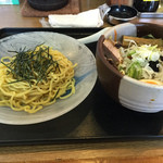 華小屋 - 野菜つけ麺850円