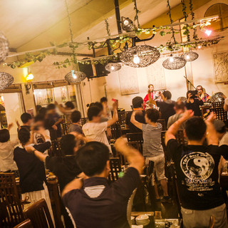【ライブ・ショー】沖縄民謡三線生ライブ毎日開催中♪