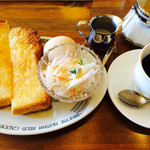 珈琲家MINIZA - バタートーストセット