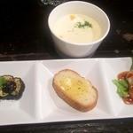 海賊船 - ランチセットにスープと前菜