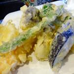 36391070 - 「天ぷら定食」茄子、インゲン、ピーマン、山芋、椎茸