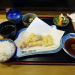 36391073 - 「天ぷら定食」1000円(税別)(天ぷらは前半の5品)