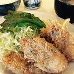 三笠食堂 - 三陸産カキフライ