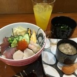 松 - 海鮮丼とずわいがに茶碗蒸しセット
