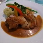 セゾン - 鶏もも肉のソテー