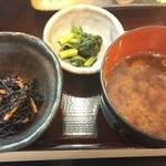炉ばた 魚魚炭 - 小鉢・漬物・味噌汁