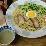 珍来軒 - 冷麺小650円+冬季限定サービススープ