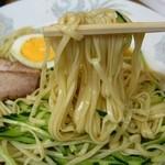 珍来軒 - 冷麺小650円