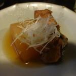 まるた海道 - 鰤大根☆鰤は3日間煮て作っているそうです^^