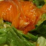 食堂カフェ potto - スモークサーモンのサラダ