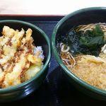ゆで太郎 - イカ・アスパラかき揚げ丼セット。