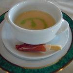 指帆亭 - スープに生ハム巻きのグリッシーネはオシャレ