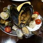 ポッツォーリ - 海の幸の盛り合わせ
